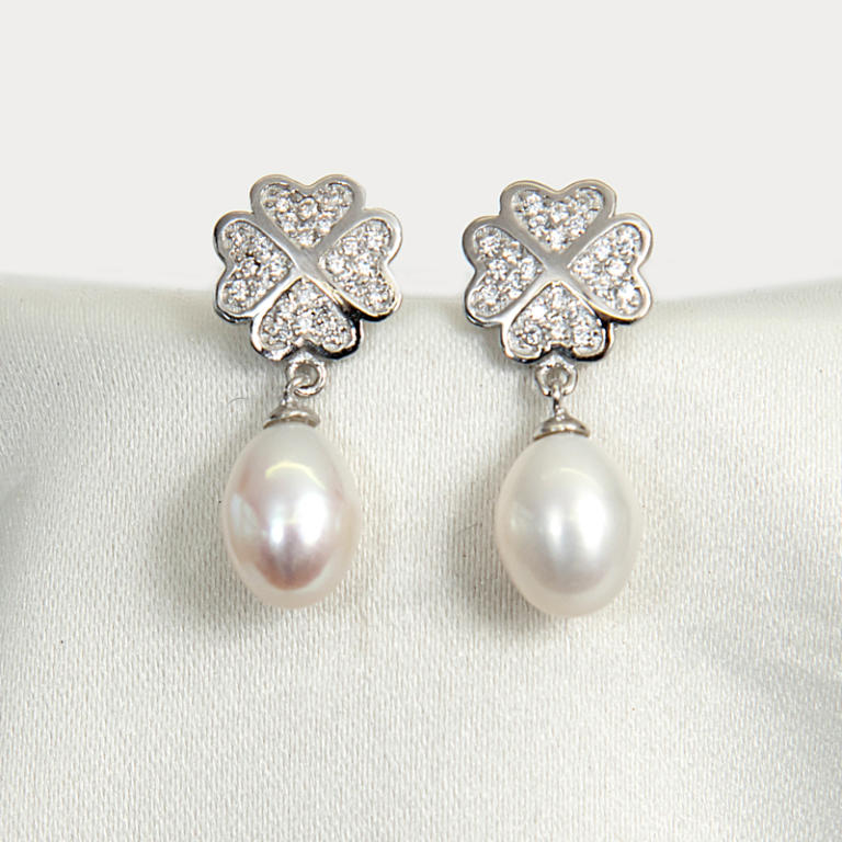 Silver Hearts on pearl earrings